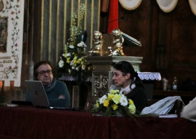 Monica Abeni, dello studio di restauro Abeni Guerra, presenta le ricerche effettuate per il restauro della pala