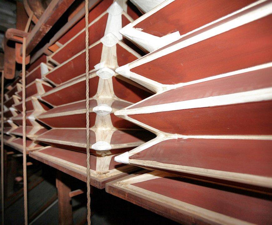 Manticeria con dettagli riparazioni 2010