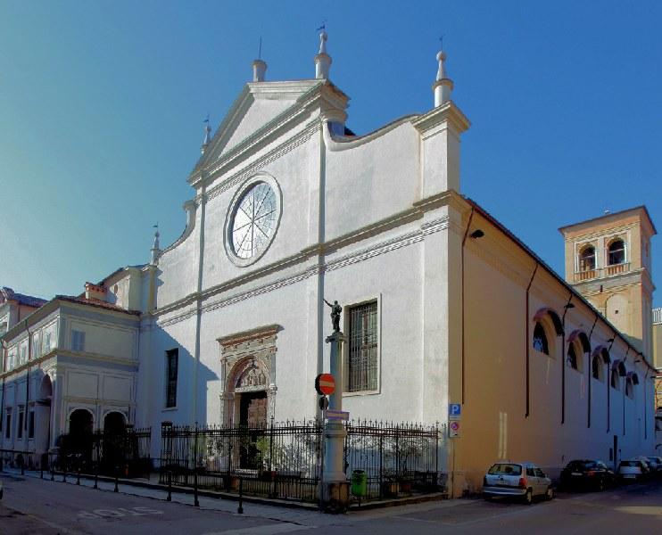 Santuario Basilica Santa Maria delle Grazie Brescia - Façade