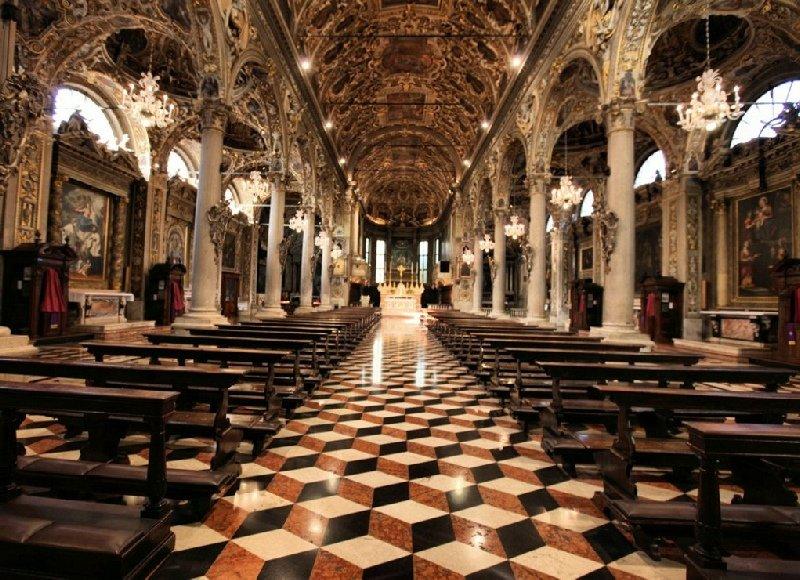 Santuario Basilica Santa Maria delle Grazie Brescia - The Interior of the church